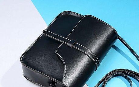 Dámská kabelka v ležérním provedení - černá