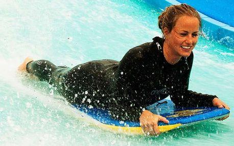 Surf Arena - surfařský simulátor + videozáznam, Praha 9 - Letňany, Rodinný balíček, 4 osoby, 1 hodina