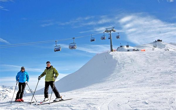 Bormio ski Hotel Cervo*** | 5denní lyžařské zájezdy se skipasem | Doprava + Ubytování + Polopenze + Skipas