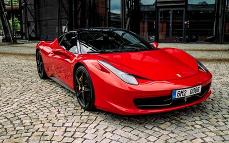 Jízda ve Ferrari na Moravě, Olomouc, 15 km, 1 osoba, 15 minut