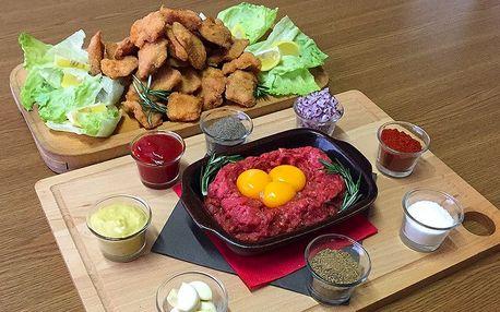 Víc než kilo masa: hovězí tatarák a mix řízečků
