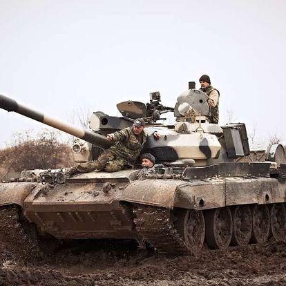 Řízení bojového tanku