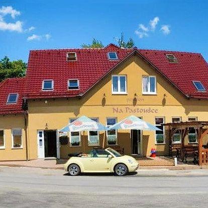 3 až 6denní pobyt pro 2 osoby se snídaněmi a vínem v penzionu Na Pastoušce na jihu Čech