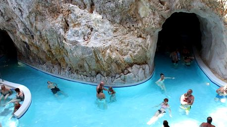 Park Hotel*** Miskolctapolca s wellness, polopenzí a slevou na jeskynní lázně