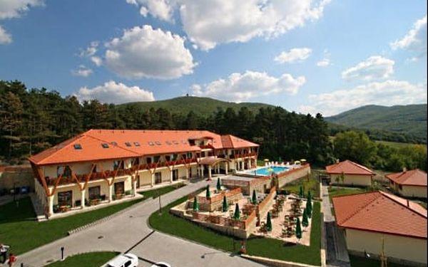 Neomezený 4* wellness pobyt s bazénem na severu Maďarska v jedinečném prostředí