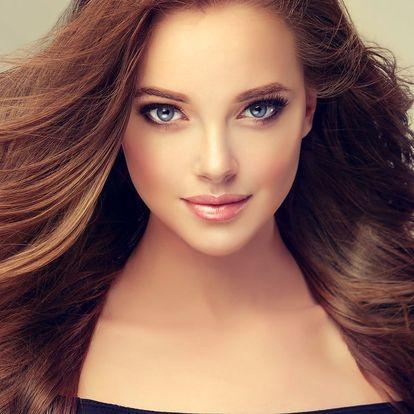 Jako nová: prodlužování vlasů i balíček s melírem