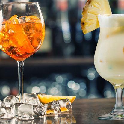 Posezení s lahodnými drinky a dobrotami pro dva