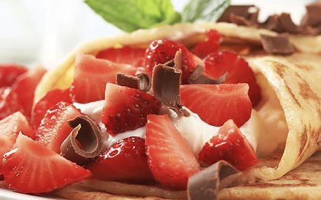 Palačinky se zmrzlinou a ovocem pro 2 či 4 osoby v restauraci Švejk ve Strašnicích.