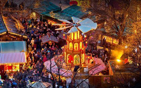 Adventní Mnichov s 30metrovým vánočním stromem
