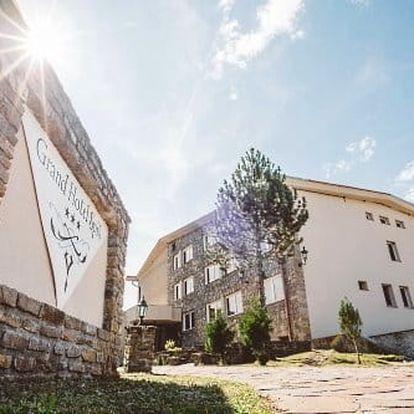 Slovenský raj: Barevný podzim v 3* hotelu Grand Hotel Spiš s polopenzí a slevou do termálů