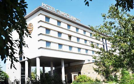 Krakov s neomezeným bazénem ve 4* hotelu