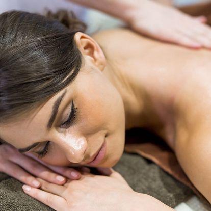 Kombinovaná masáž 3v1 vč. lávových kamenů