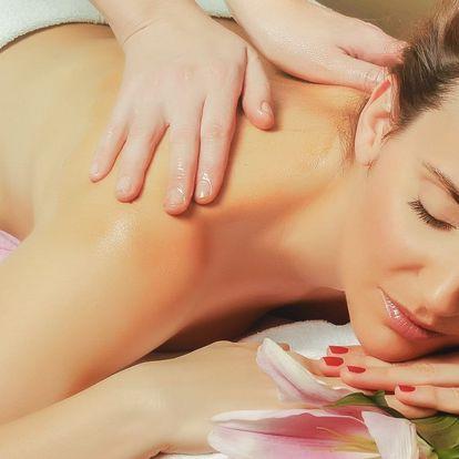 Luxusní celotělová havajská masáž Lomi Lomi