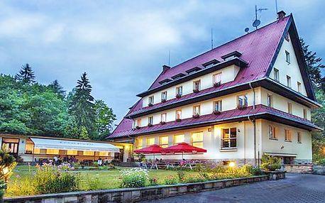 Český ráj s neomezenou konzumací vín a polopenzí + 1 oběd navíc a 50% sleva na vířivku