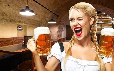 Tuplák piva z německého Oktoberfestu ve Šnytu