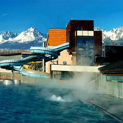 Hotel AquaCity Mountain View****, 4* luxus v akvaparku s polopenzí a wellness