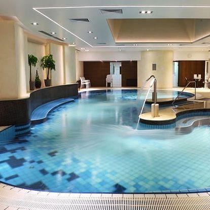 Hotel Palace****, Elegantní 4* hotel pouhých 500 metrů od slavného termálního jezera blízko Balatonu