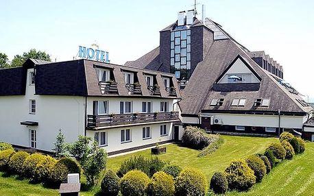 Lázeňský hotel Pyramida****, Františkovy Lázně - save 38%, Moderní 4* hotel s polopenzí, bazénem a vyhlídkovou kavárnou