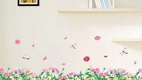 Růžové květiny v trávě 114 x 30 cm