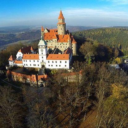 Hotel Bouzov přímo pod hradem s polopenzí, dítě zdarma