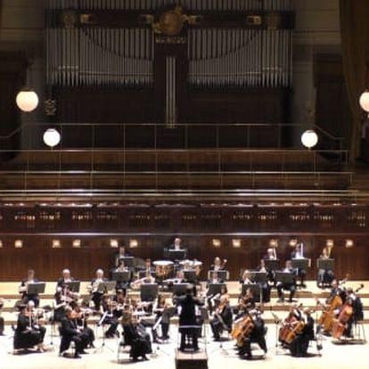 Novoroční koncert v Obecním domě: Dvořák, Smetana, Mozart - 2. 1.