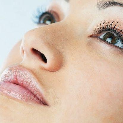 Nová metoda permanentního make-upu: vláskování obočí