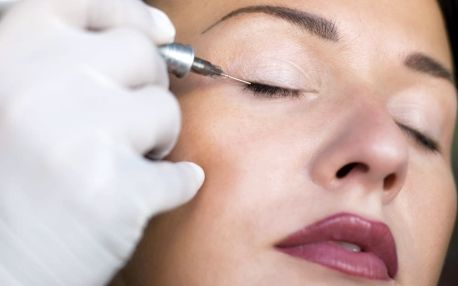 Permanentní make-up: horní či dolní linky, obočí s možností vláskování nebo kontura rtů