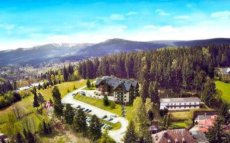 Czarny Kamień Resort & SPA, Sklářská Poruba, Krkonoše, Polsko - save 40%, Prostorné apartmány v lůně přírody s wellness a polopenzí
