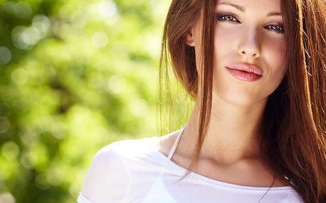 Péče o vlasy - Botox Botugen či aplikace Natura Keratinu