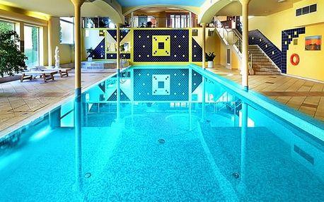 Top Hotel Praha****, Hotelový komplex s bazénem, bowlingem a pěti restauracemi