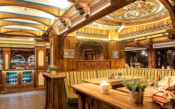 Hotel BACHLEDKA ***Strachan