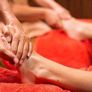 30min reflexní masáž chodidel v Ban Thai