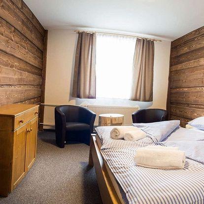Hotel Kristian 1000 na Šumavě s polopenzí a možností rezervace online