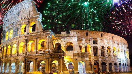 Silvestr v romantickém Římě s ohňostrojem