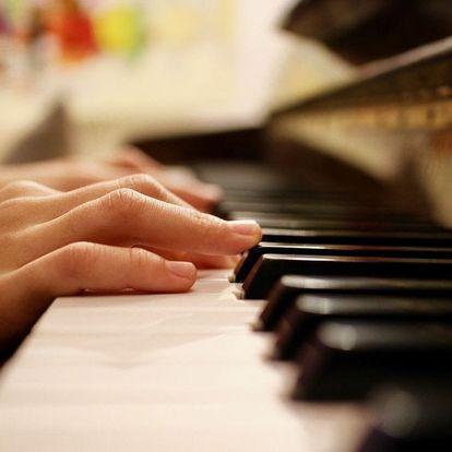 Nauč se hrát na klavíru