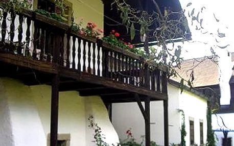 Ubytování pro dva v rodinném penzionu U Tkadlen v Jindřichově Hradci pro 2 osoby na 3 až 5 dní.