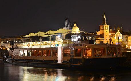 Romantická večeře na Vltavě včetně welcome drink