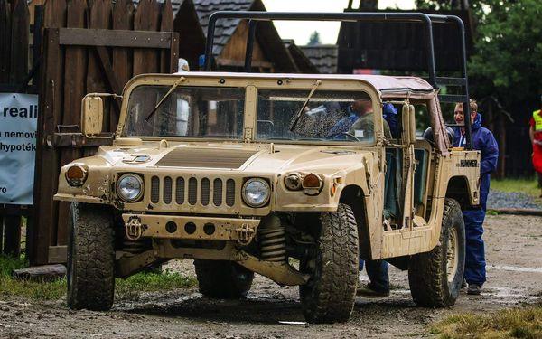 Jízda v terénním auťáku Hummer H22