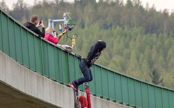 Bungee seskok z nejvyššího mostu v ČR pro 2 osoby5