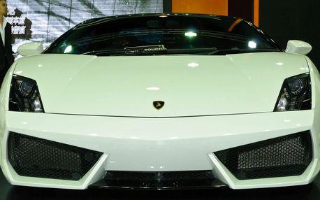 Jízda v Lamborghini ve městě