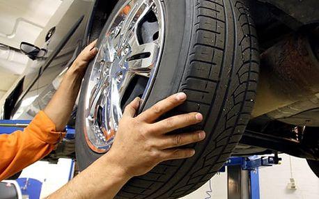Kompletní přezutí pneumatik vašeho vozu včetně nahuštění v Praze v Auto Moto Centru Jandovský.