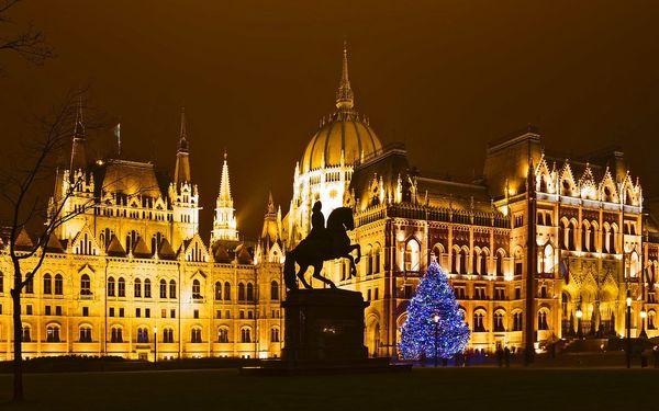Ve čtvrtek do adventní Budapešti na 1 noc