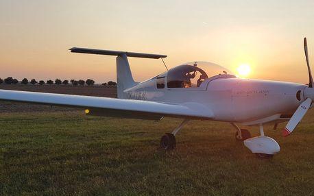 Vzhůru do oblak: seznamovací lety v ultralightu
