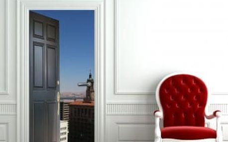 Živá dekorace na Dveře - vstup do města