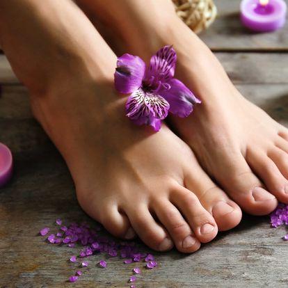 Balíček pro vaše nožky: ošetření chodidel i nehtů