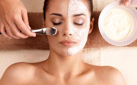Kompletní kosmetická péče s masáží obličeje
