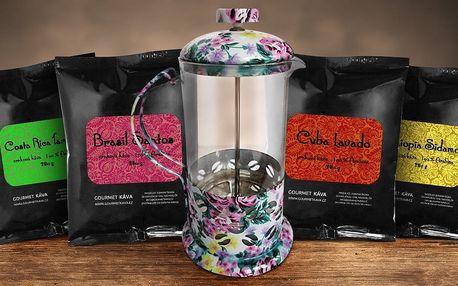 Voňavé kávové balíčky a french press konvička