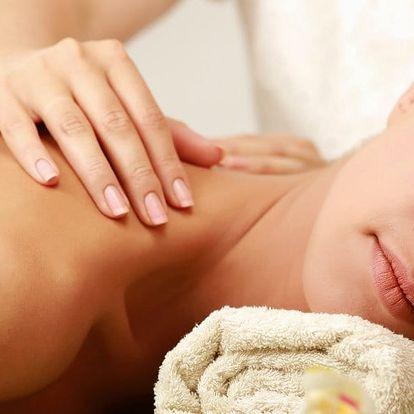 Olejová masáž uvolňující bedra, krk a záda
