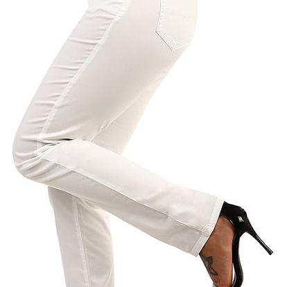 Bílé kalhoty klasického střihu - i pro plnoštíhlé