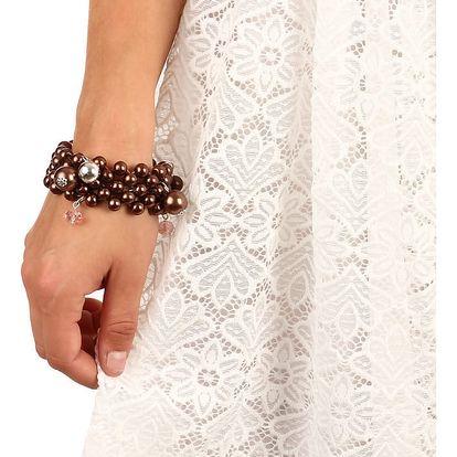 Masivní perlový náramek s přívěsky hnědá
